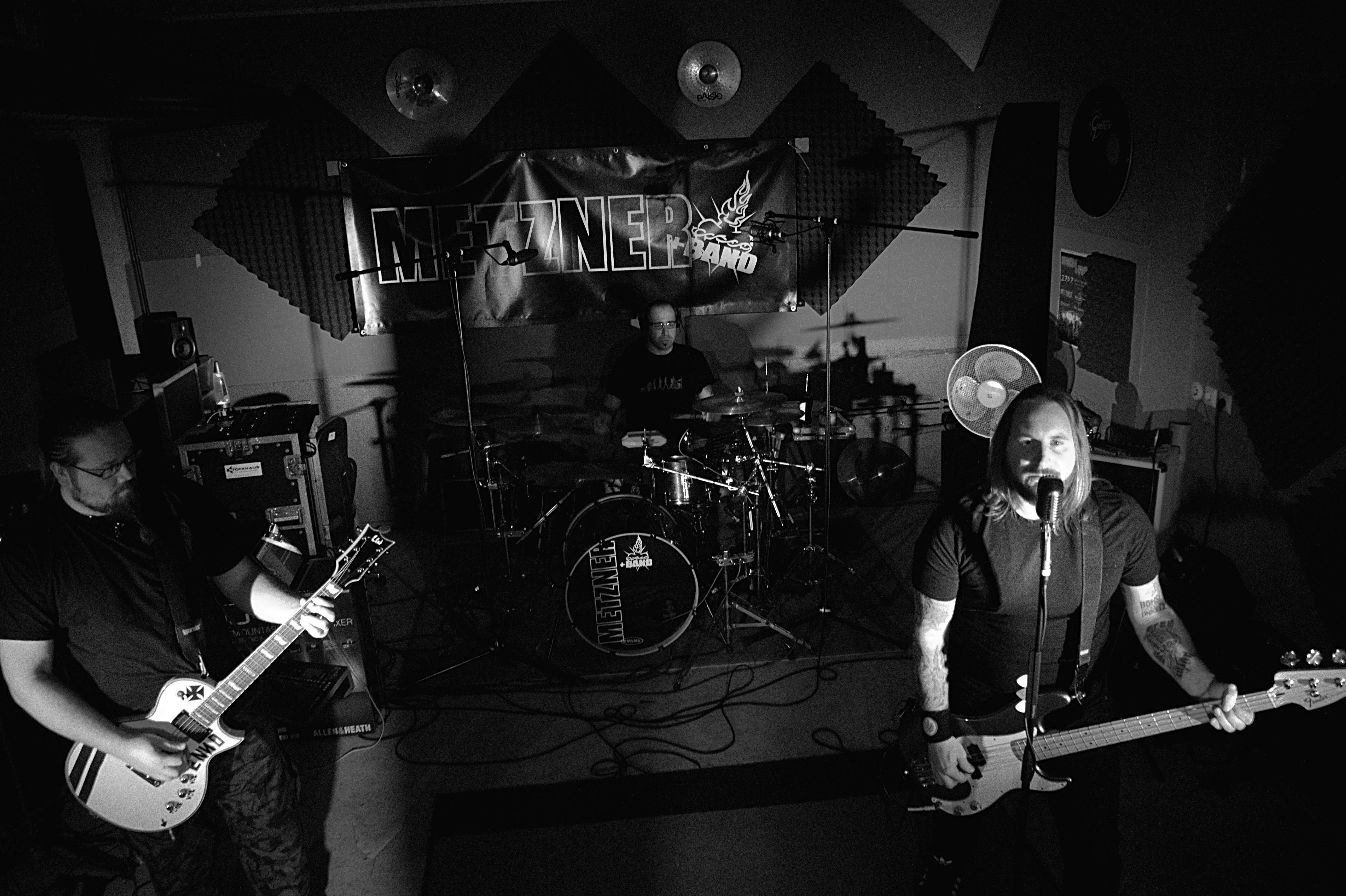 Band BW